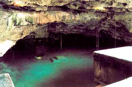 Cenote Dzonot-ich