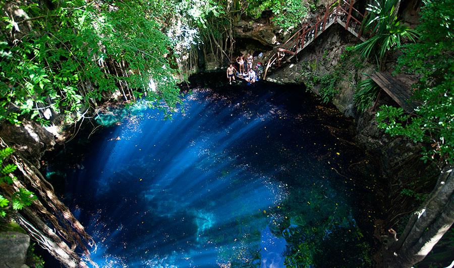 Cenote Yaal Utsil